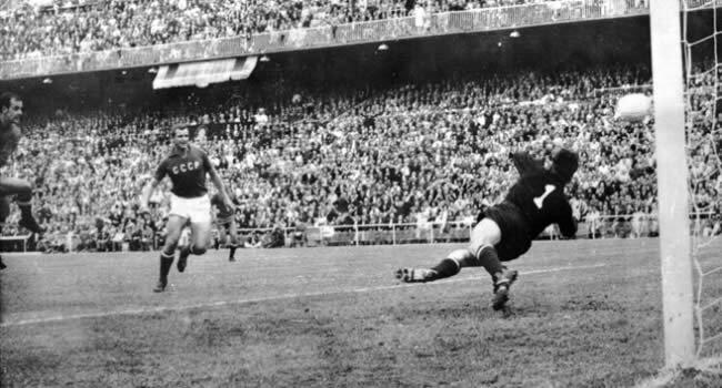 Spania deschide scorul în finala Euro 1964