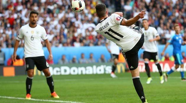 Germania a învins cu 3-0 Slovacia în optimile EURO 2016