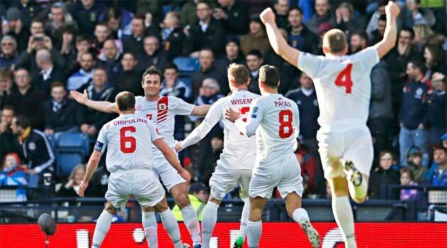 Gibraltar a marcat în Scoţia primul său gol într-un meci oficial