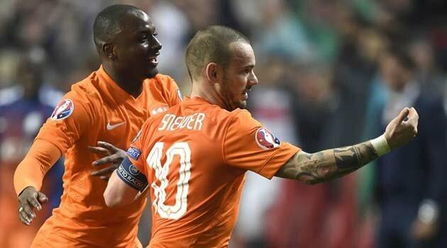 Olanda a obţinut in extremis o remiză cu Turcia, 1-1